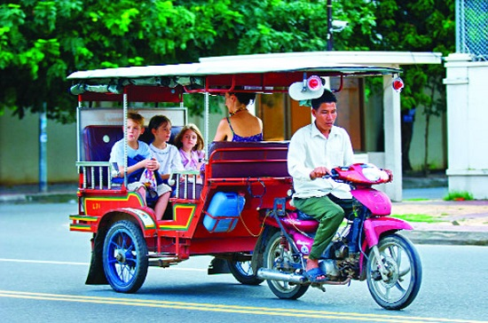 PHNOM PENH TO SIEM REAP 4 DAYS 3 NIGHTS