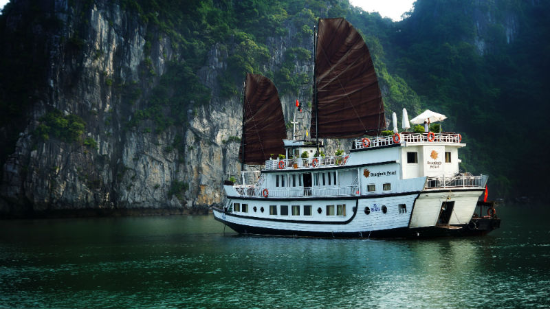 Dragon Pearl cruise 3 Days 2 Nights