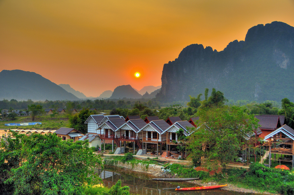 VIENTIANE TO LUANG PRBANG (VIA VANG VIENG) 6 Days 5 Nights
